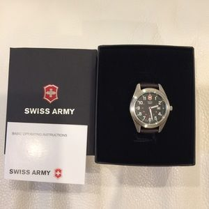 Victorinox Swiss Army female watch -BNIB
